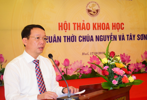Vice Chairman of the People's Committee of Thua Thien Hue province Phan Thien Dinh speaks at the workshop