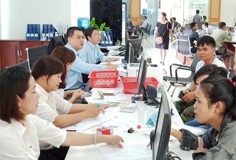 Giải quyết TTHC tại Trung tâm phục vụ hành chính công tỉnh