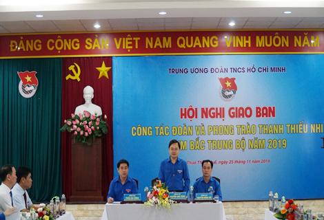 Bí thư Thường trực Trung ương Đoàn Nguyễn Anh Tuấn phát biểu tại hội nghị