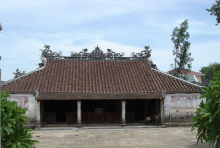 Duong No village hall where the autumn offering ceremony is held