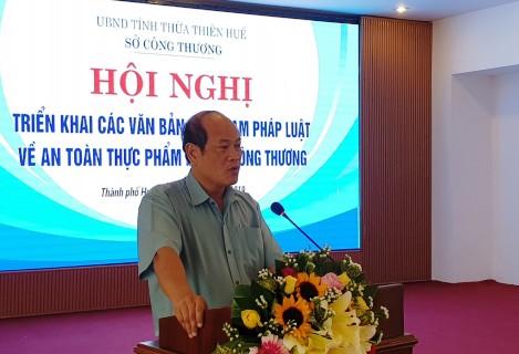 Phó Giám đốc Sở Công Thương Nguyễn Lương Bảy phát biểu tại Hội nghị