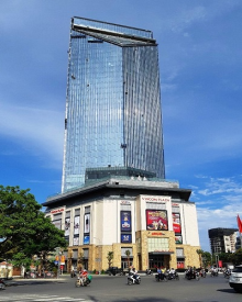 Vincom is one of the commercial centers recently constructed in Hue city