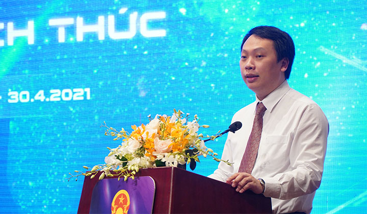 Thứ trưởng Bộ Thông tin và Truyền thông Nguyễn Huy Dũng phát biểu tại buổi lễ