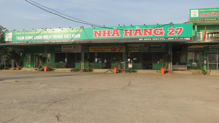 Nhà hàng trên địa bàn thị Phong Điền chấp hành nghiêm việc đóng cửa phòng chống dịch covid-19
