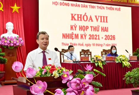 Bí thư Tỉnh ủy, Chủ tịch HĐND tỉnh Lê Trường Lưu phát biểu khai mạc kỳ họp